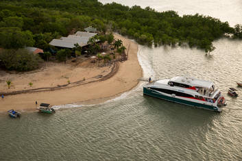 Ferry at Crab Claw island resort
